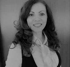 Maria Rauscher alb negru fw